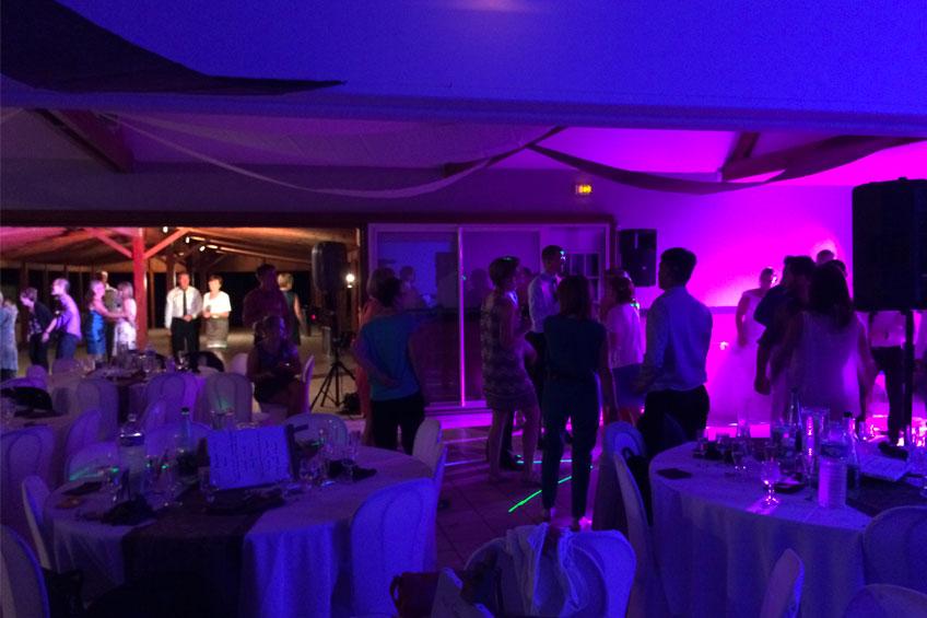 Décoration lumineuse salle de mariage