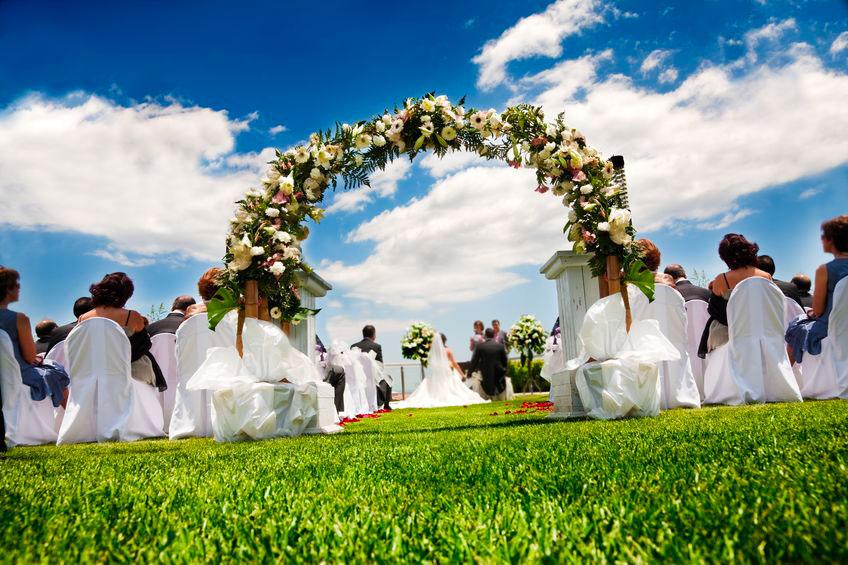 Sonorisation de cérémonie laïque d'un mariage en extérieur